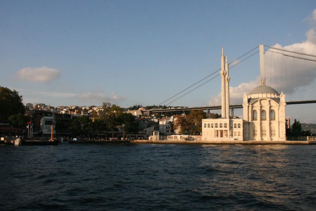 ortokay Moschee Istanbul