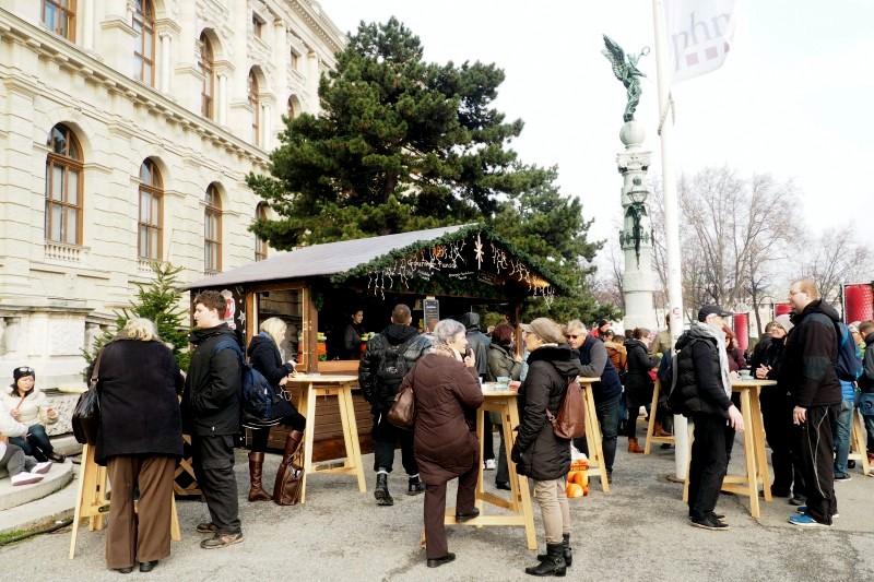 punschstand-maria-theresien-platz