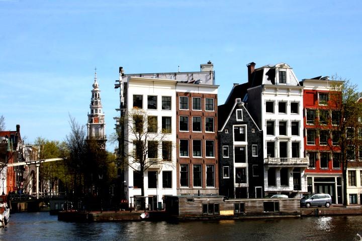 grachtenhäuser-amsterdam