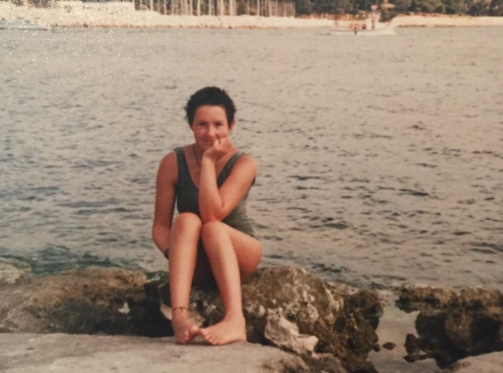 Anita mit süßen 14 Jahren