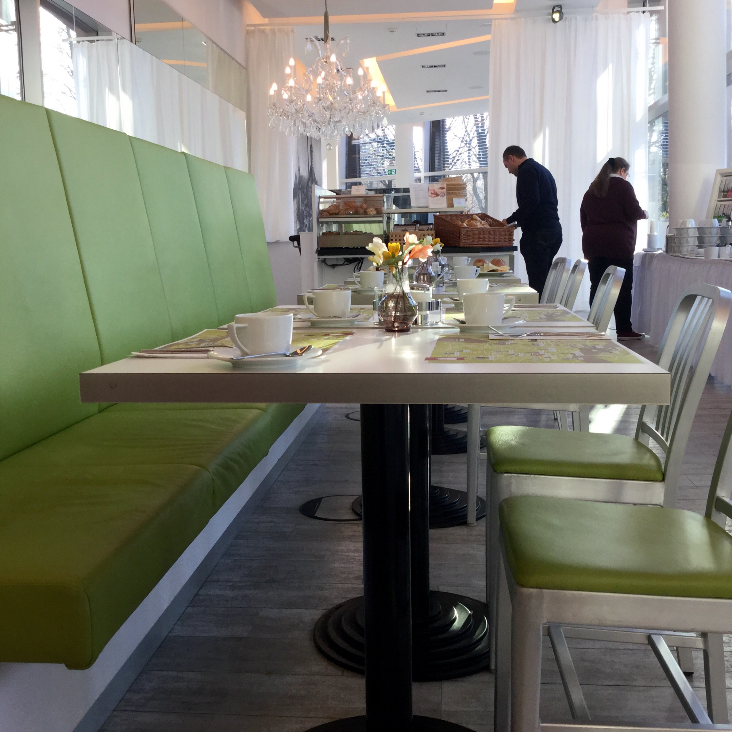 arcotel-onyx-hamburg-frühstücksraum
