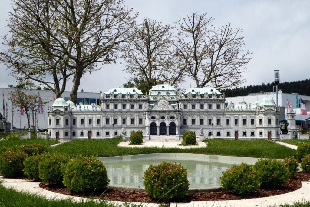 unser wunderschönes Schloss Belvedere