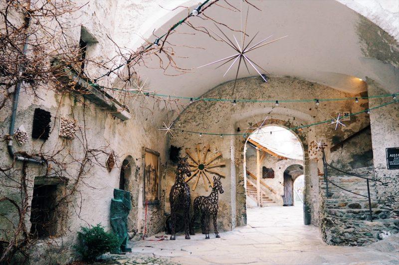mittelalterlicher Innenhof