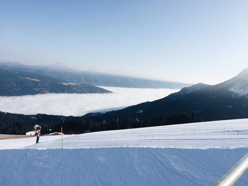 Blick Gailtal Skifahren