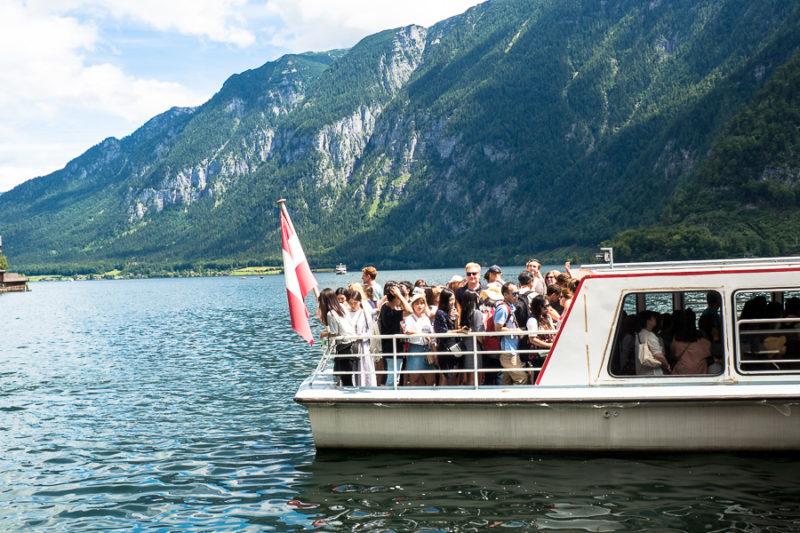 Touristen Schiff