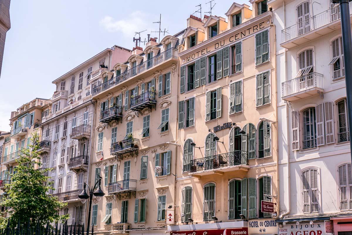 Balkon-mediterran-Architektur