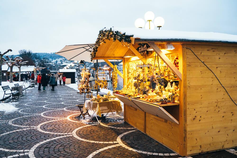 Adventmarkt direkt am Seecorso