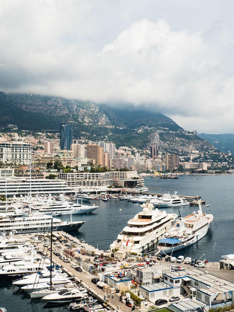 Yacht Ona Hafen Monaco