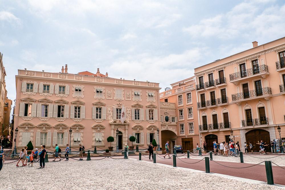 Platz beim Fürstenpalast Monaco