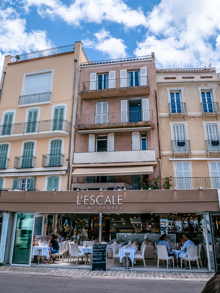 Restaurants-Hafen-Saint-Tropez