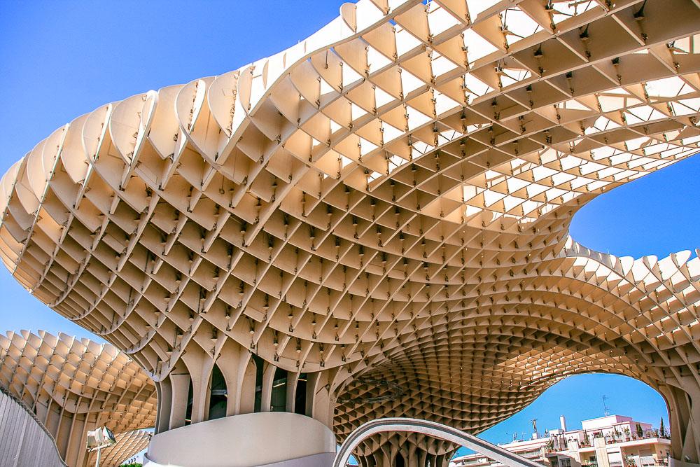 Spanien Sevilla Holzskulptur