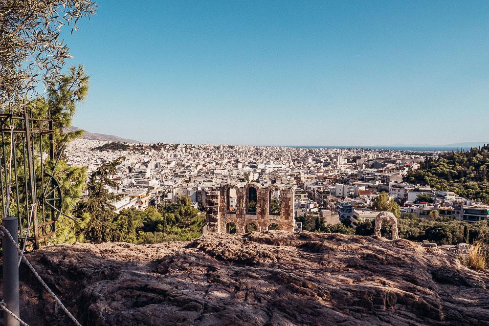 akropolis-athen-amphitheater