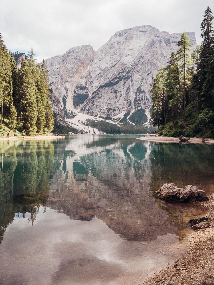 pragser-wildsee-spiegelung
