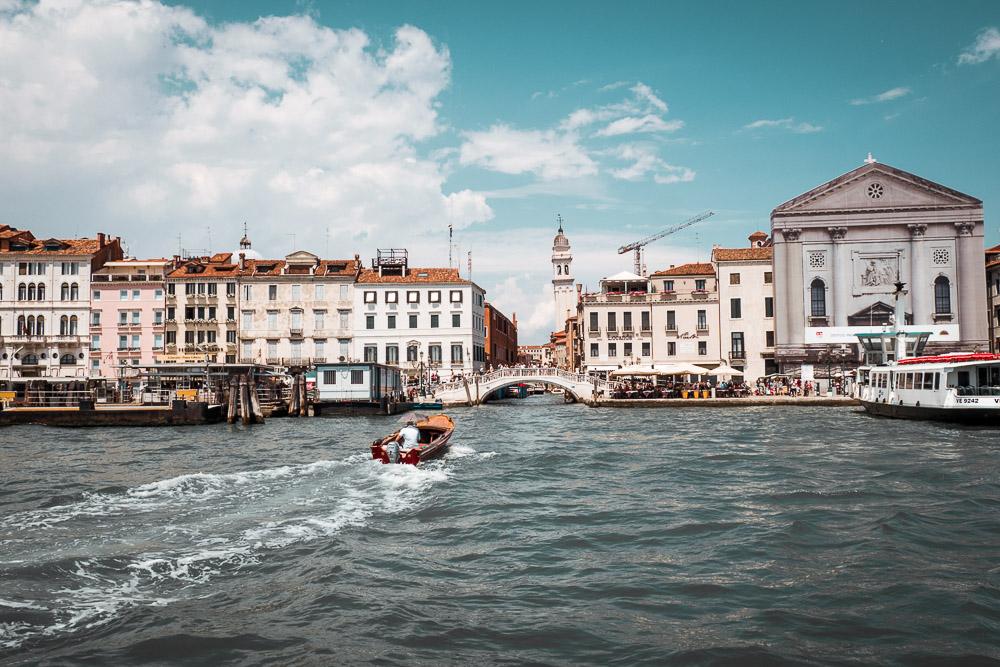 wassertaxi-nach-Venedig