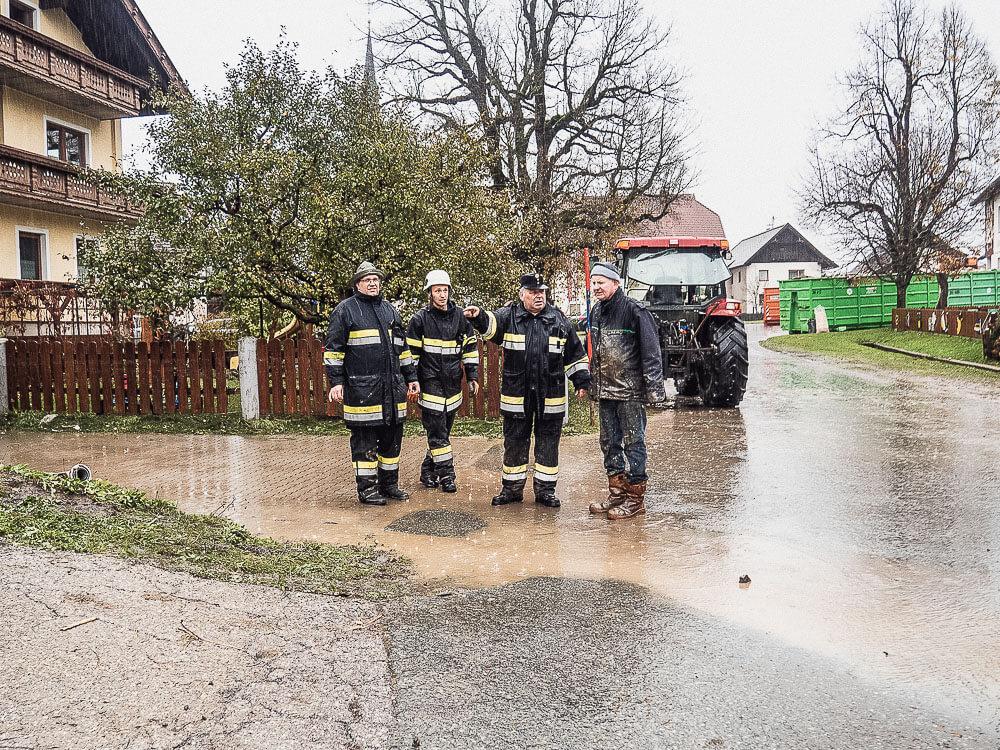 Hochwasser-Rattendorf-Einsatzbesprechung