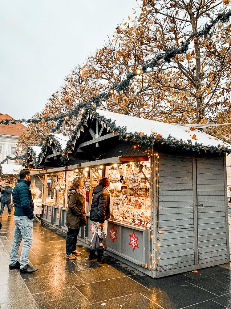 adventmarkt-am-neuen-platz
