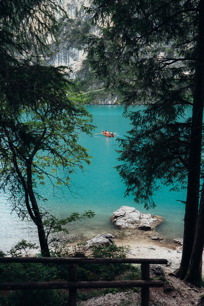 türkis-wasser-lago-di-braies