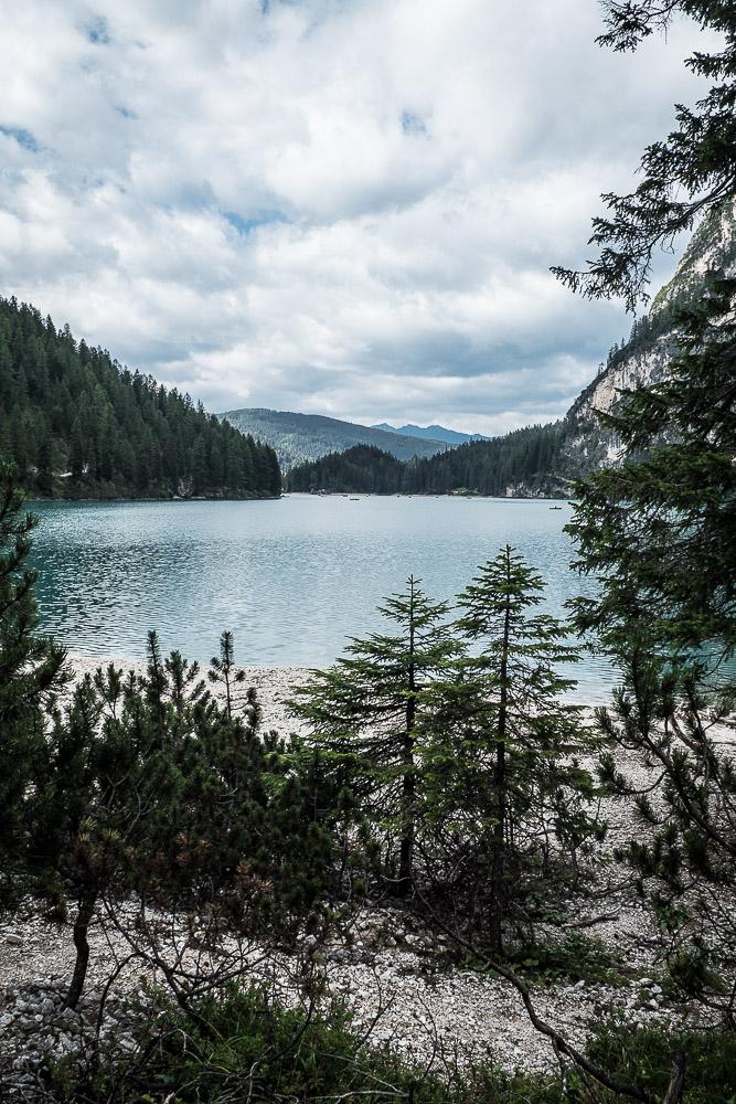 südseite-lago-di-braies