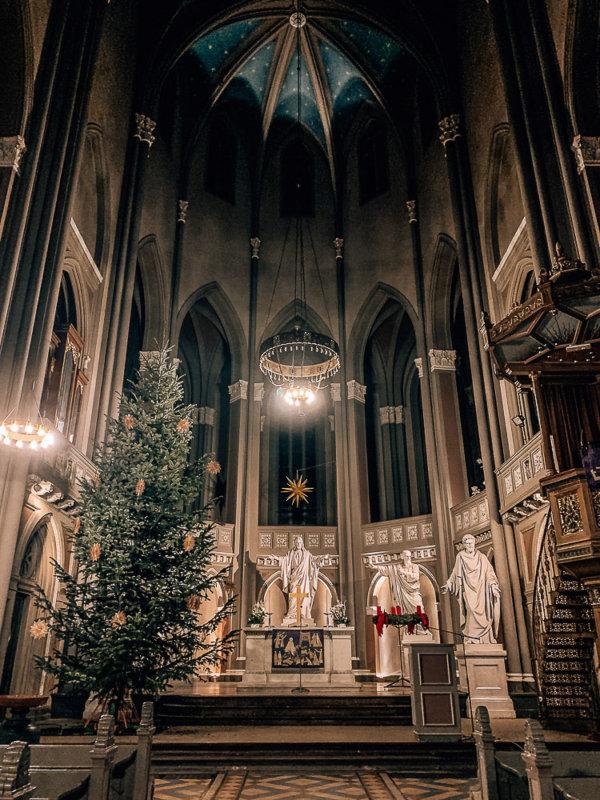marktkirche-wiesbaden-altar