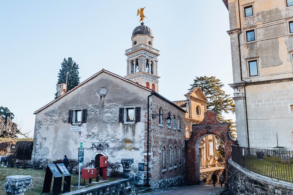castello-udine-kirche