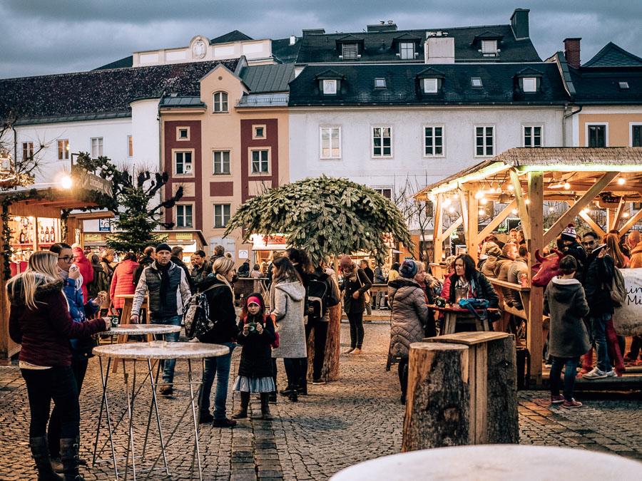 wintermarkt-linz-pfarrplatz